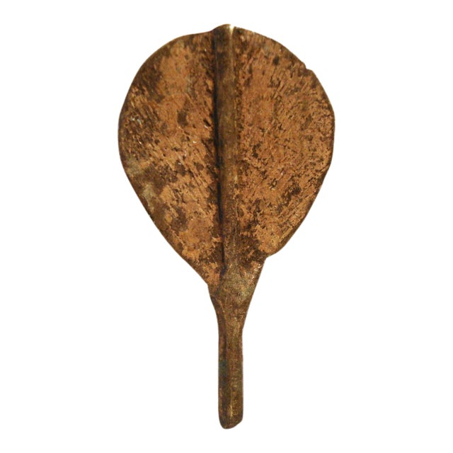 Ashanti or Baoule Bronze Gold weight spoon For Sale