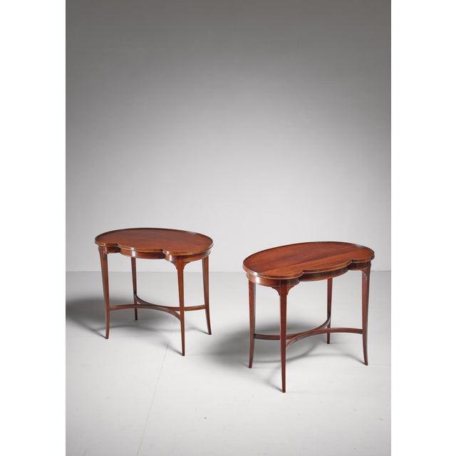 Pair of free form Nordiska Kompaniet side tables, Sweden, 1945 For Sale - Image 5 of 5
