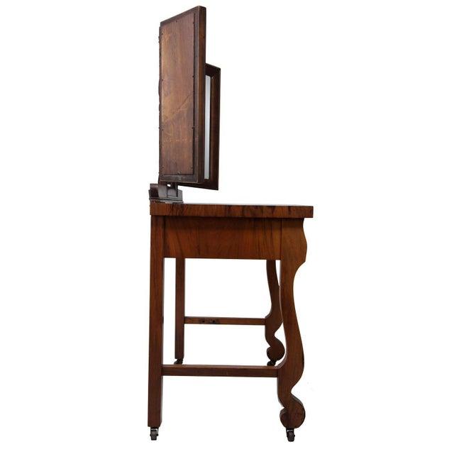 1903 Marvel Bevelled Three Mirror Oak Vanity For Sale - Image 4 of 13