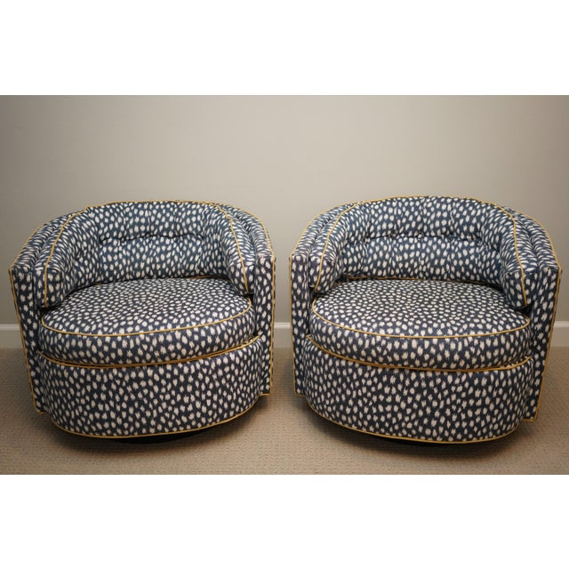 Mid-Century Baughman Style Plinth Base Swivel Chairs - A Pair For Sale - Image 10 of 12