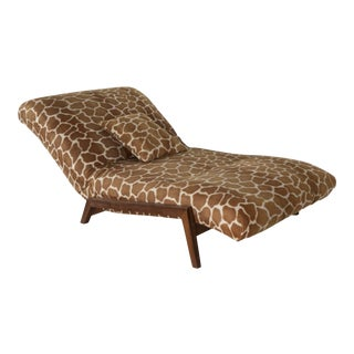 Mid-Century Modern Chaise For Sale
