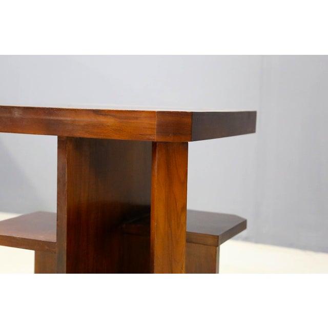 1930s Art Decò Walnut Coffe Table For Sale - Image 5 of 8