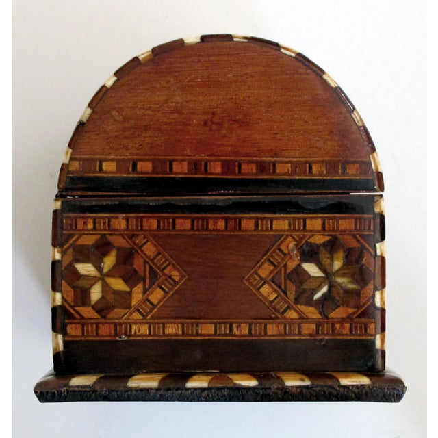 1910s A Well-Crafted and Richly-Patinated Syrian Inlaid Trinket Box With Domed Lid For Sale - Image 5 of 7