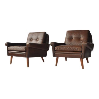 Pair of Svend Skipper Leather Lounge Chairs For Sale