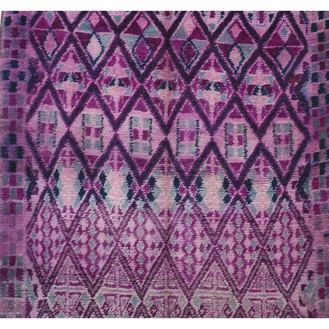 """Moroccan Boujad Vintage Moroccan Rug - 6'8"""" X 12'3"""" For Sale - Image 3 of 6"""