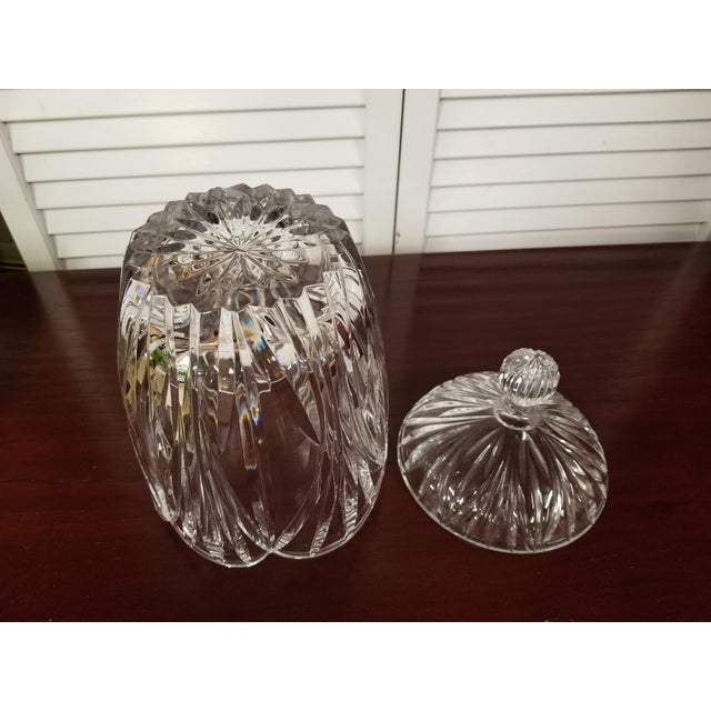 1980s 1980s Traditional Crystal Biscuit Jar For Sale - Image 5 of 7