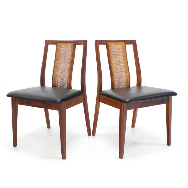Set of Four Danish Mid-Century Modern Oiled Walnut Side Dining Chairs For Sale In New York - Image 6 of 9