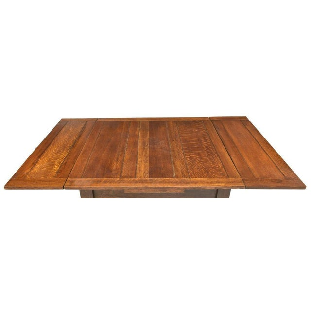 English Traditional 1910s English Oak Barley Twist Draw-Leaf Pub Table For Sale - Image 3 of 6