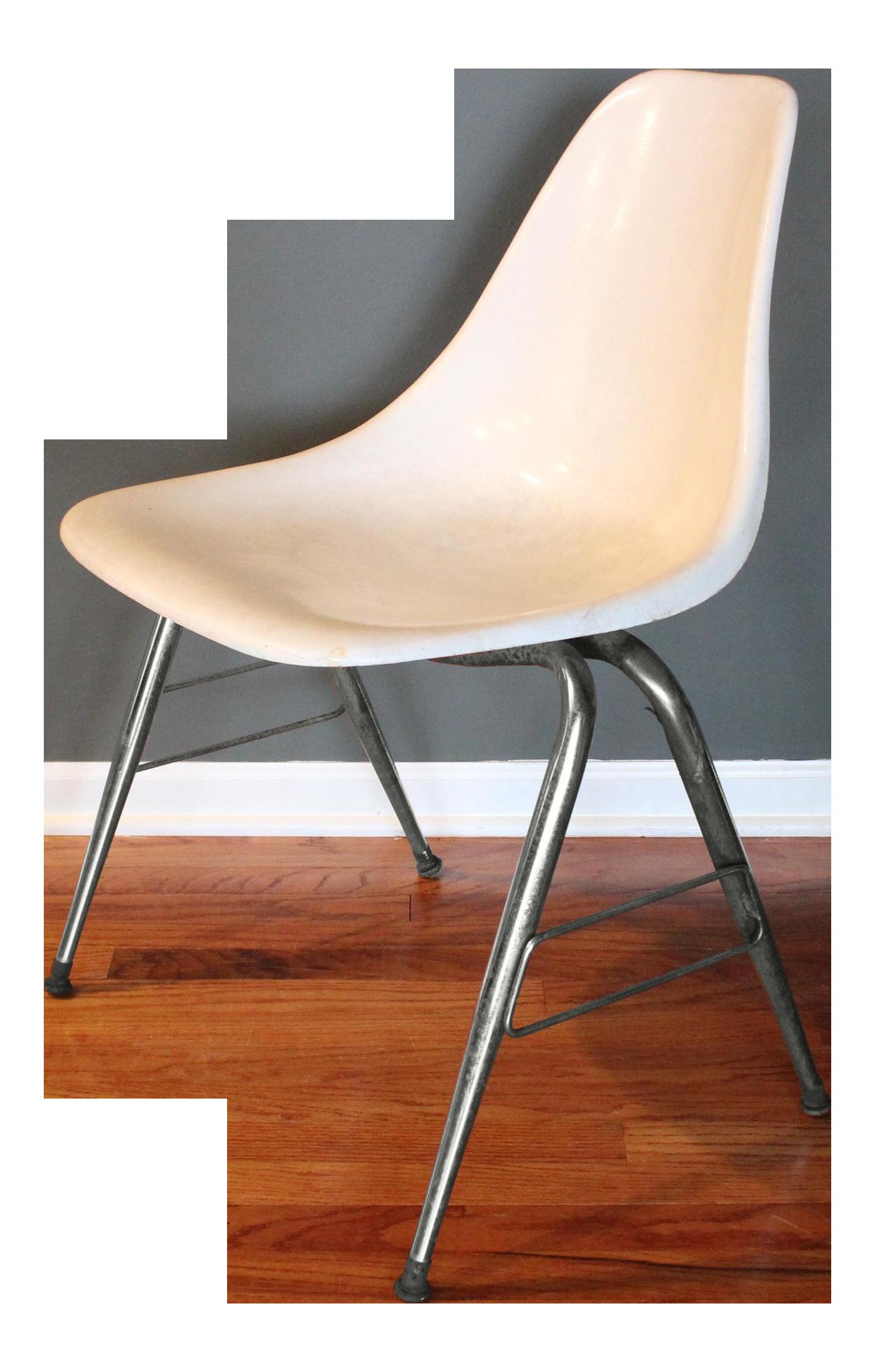 Mid Century Modern Herman Miller Eames Style White Fiberglass Chair