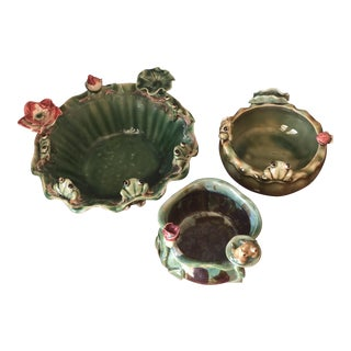 Majolica Frog & Lily Pad Ceramic Bowls- Set of 3 For Sale