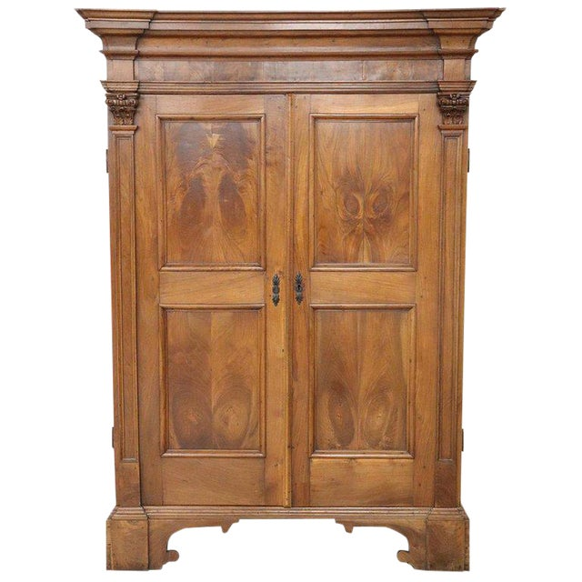 17th Century Italian Louis XIV Walnut Carved Wardrobe or Armoire For Sale