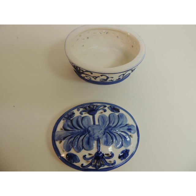 Blue & White Oval Trinket Box With Lid - Image 4 of 5