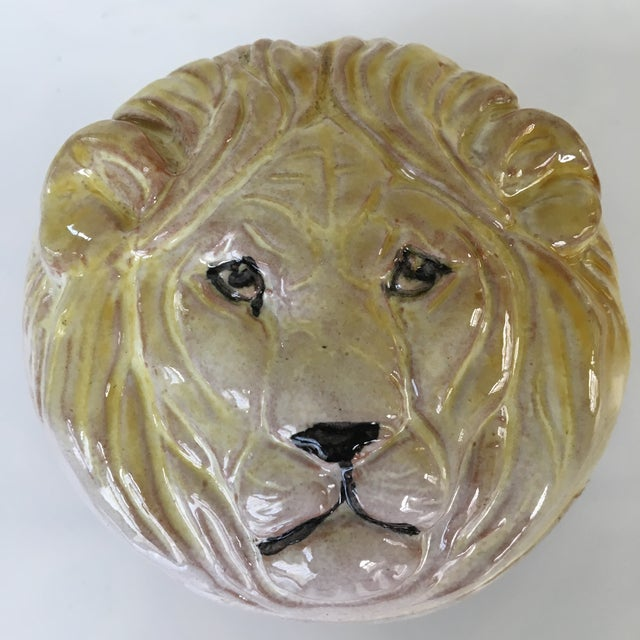 Hollywood Regency 20th Century Hollywood Regency Pottery Lion Lidded Box-Made in Italy For Sale - Image 3 of 9