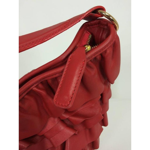 Valentino Large Red Leather Ruffle Shoulder Bag For Sale - Image 4 of 11