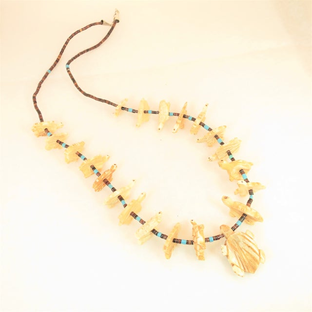 Native American Zuni Hand-Carved Bone Turtle Fetish Necklace 1970s For Sale - Image 4 of 12