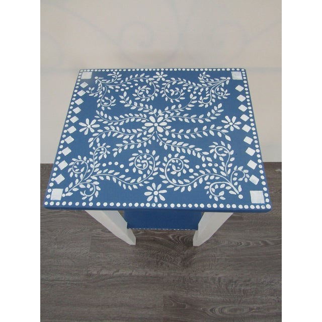 1970s Vintage Small Hand Painted Accent Side Table For Sale - Image 4 of 5