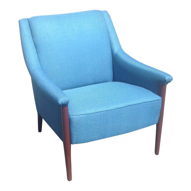Mid-Century Style Club Chair For Sale
