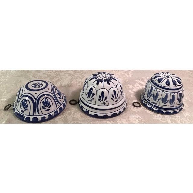 Ceramic Vintage Blue & White Decorative Ceramic Molds - Set of 3 For Sale - Image 7 of 8