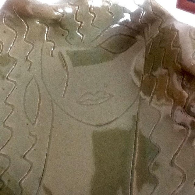 """Hand-Made """"Cleopatra"""" Pottery Sculptural Dish - Image 6 of 6"""