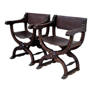 19th Century Pair of Folding Carved Walnut Leather Savonarola Bench or Settee For Sale