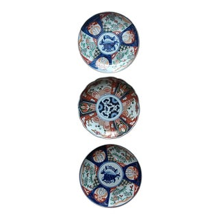 1980s Imari Plates - Set of 3 For Sale