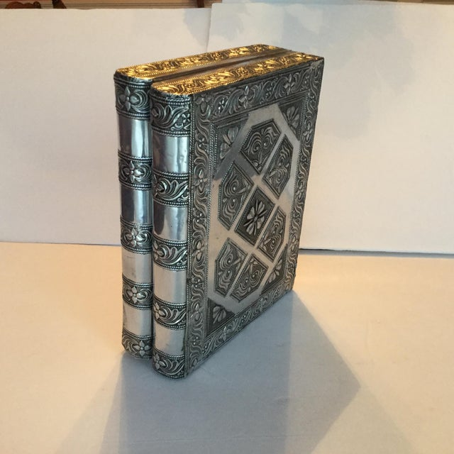 Silver Metal Jewelry Box - Image 4 of 11