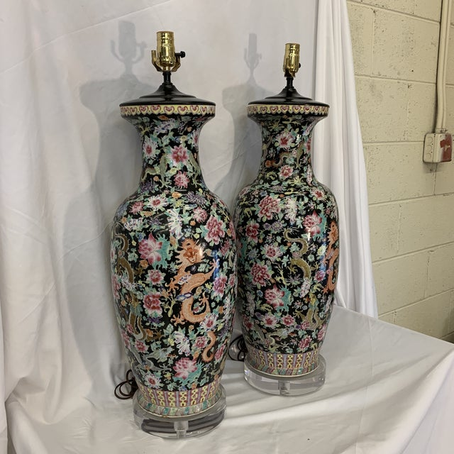 Hollywood Regency Large Antique Qing Daoguang Chinese Vase Lamps - a Pair For Sale - Image 3 of 13