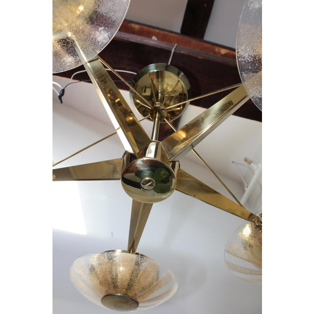 Gerald Thurston for Lightolier Brass and Glass Chandelier For Sale In New York - Image 6 of 13