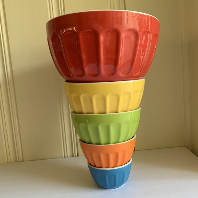 Colorful Set of Five Assorted Nesting Bowls For Sale - Image 10 of 10
