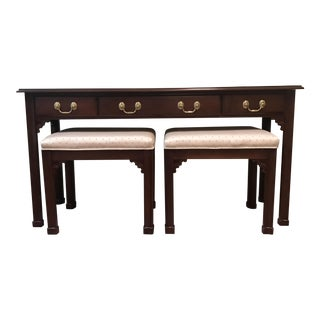 Harden Furniture Sofa Table & Nesting Stools - Set of 3 For Sale
