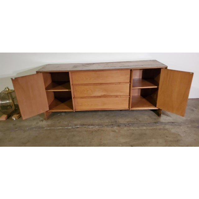 1950s 1950s T. H. Robsjohn-Gibbings Credenza for Widdicomb For Sale - Image 5 of 13