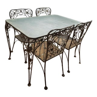 Mid Century Salterini Style Outdoor Wrought Iron Table and Chairs Dining Set For Sale