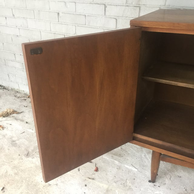 1960s Mid Century Modern Sculptra Broyhill Buffet For Sale - Image 9 of 13