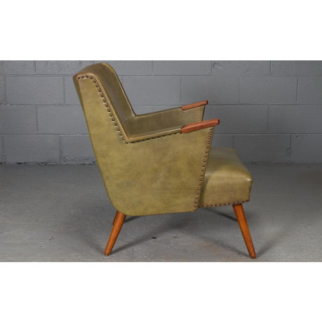 Mid-Century Modern 1950s Mid-Century Modern Green Teak Lounge Easy Chair For Sale - Image 3 of 9