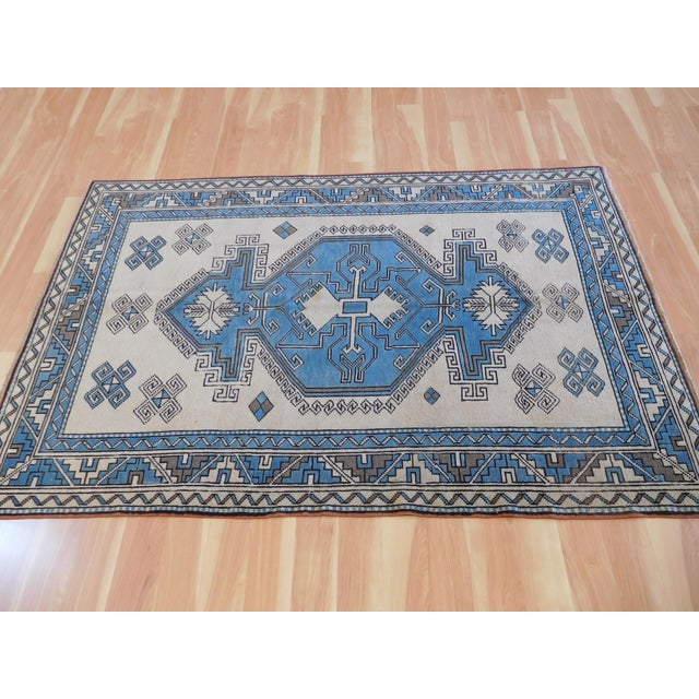 "Vintage Turkish Anatolian Rug - 4'2"" X 6'2"" For Sale In Nashville - Image 6 of 7"
