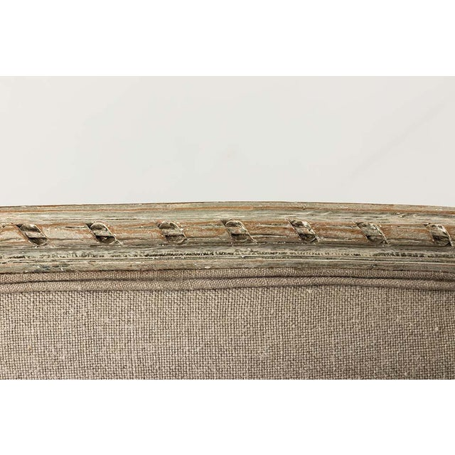 French Louis XVI Style Marquise Loveseat in Natural Linen For Sale - Image 11 of 13