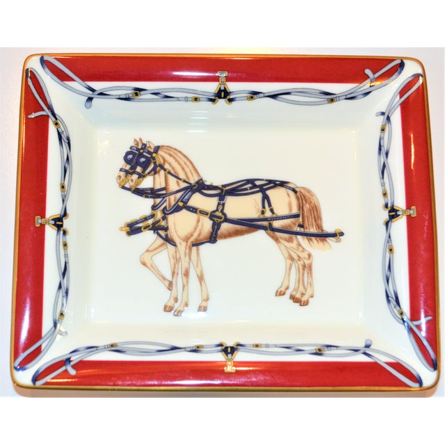 1980s (Final Price Before Delisting) Vintage Daniel Hechter Royal Coach Porcelain Gentleman's Tray For Sale - Image 5 of 5