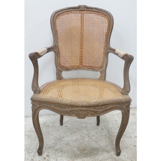 French Style Antique Caned Distressed Chair - Image 5 of 9