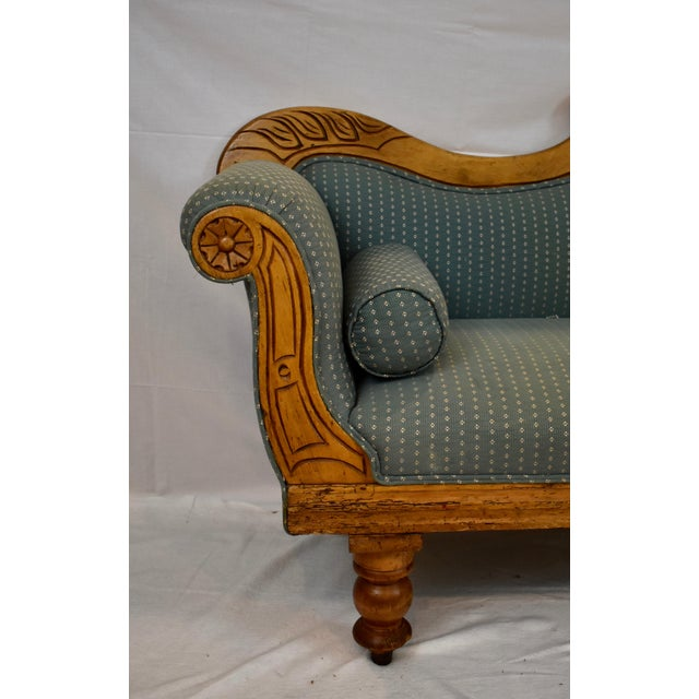 Late 19th Century Irish Pine Camelback Settee For Sale - Image 4 of 13