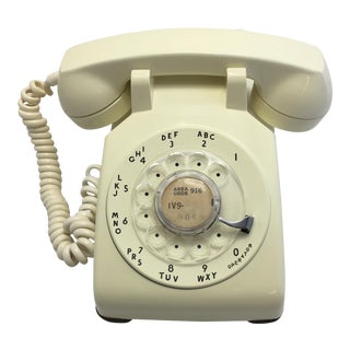 1961 Vintage Ivory Rotary Dial Telephone
