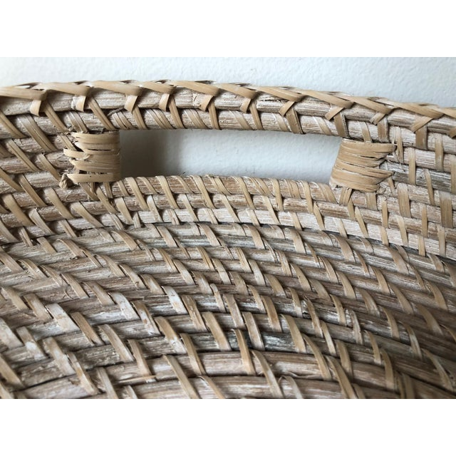 "2010s Artifacts Rattan 18""Round Tray For Sale - Image 5 of 10"