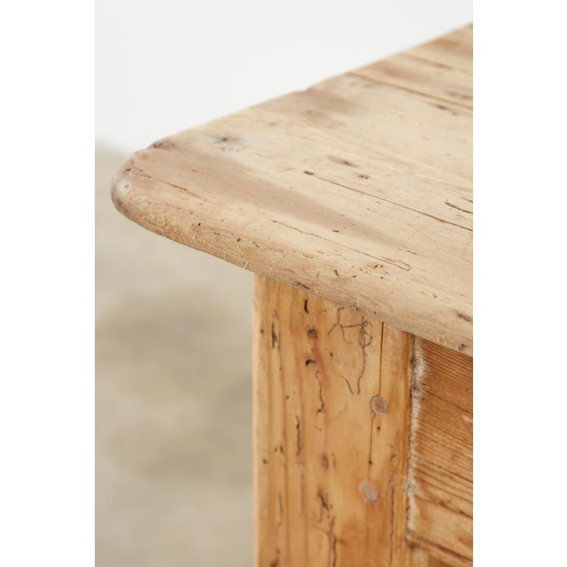 19th Century American Country Pine Farmhouse Dining Table For Sale - Image 11 of 13