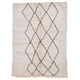 Beni Ourain Moroccan Rug With Three Column Diamond Pattern For Sale
