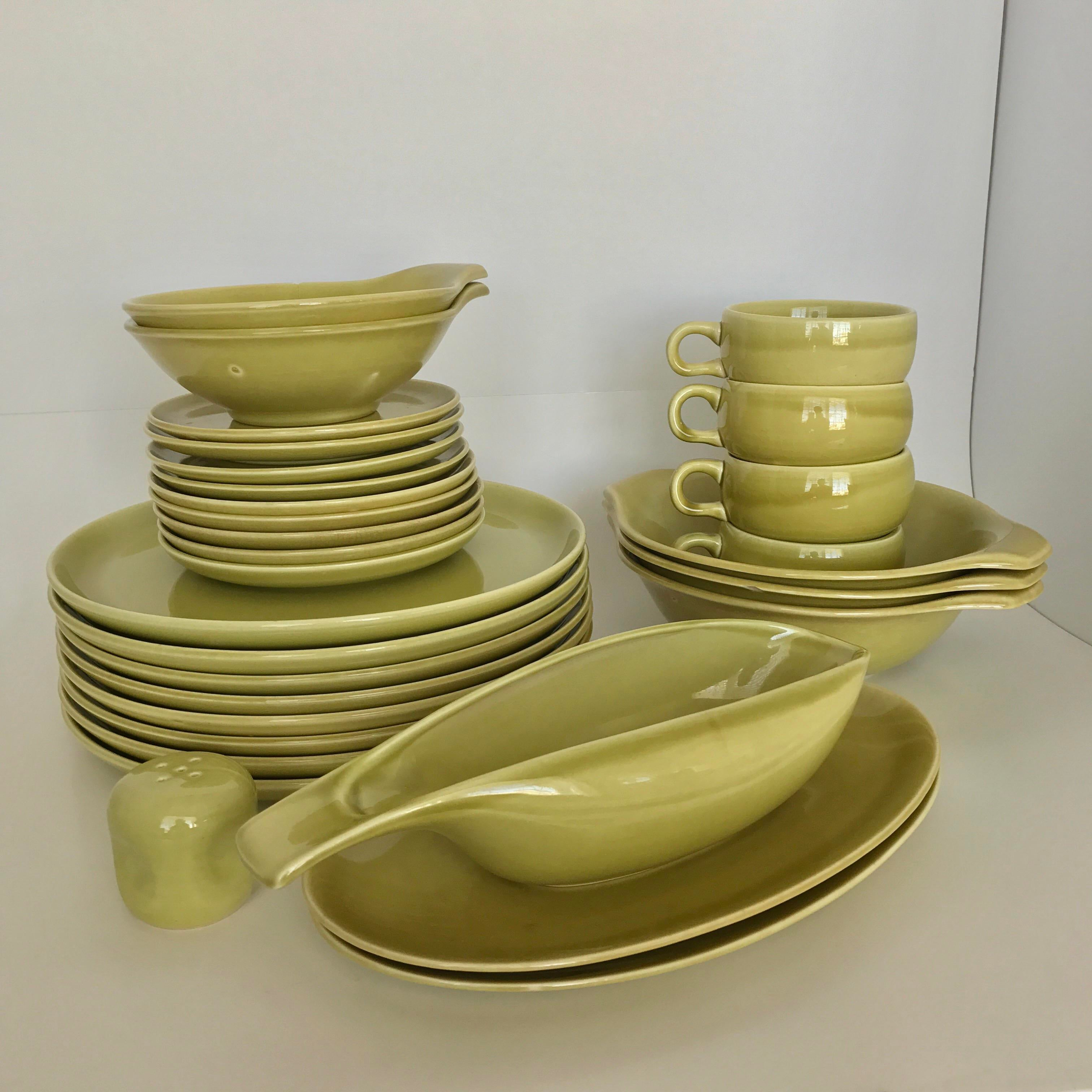 Russel Wright Mid-Century Chartreuse Dinnerware - 30 Pieces - Image 2 of 11 & Russel Wright Mid-Century Chartreuse Dinnerware - 30 Pieces | Chairish