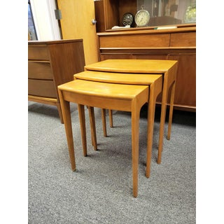 1960s Mid-Century Heywood Wakefield Nesting Tables - Set of 3 Preview