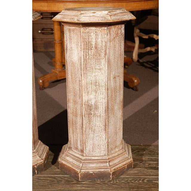 Traditional Pair of Octagonal Beveled Top Columnar Plinths From 19th Century England For Sale - Image 3 of 8