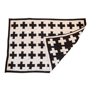 Eco-Friendly Made in USA Baby Swiss Cross Blanket For Sale