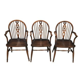 Mid 19th Century Antique English Windsor Chairs With Wheel Backs - Set of 3 For Sale