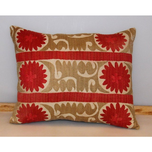 Vintage Tribal Band Bolinpush Pillow - Image 2 of 3