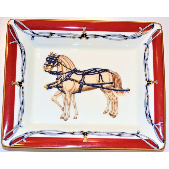 Hollywood Regency (Final Price Before Delisting) Vintage Daniel Hechter Royal Coach Porcelain Gentleman's Tray For Sale - Image 3 of 5